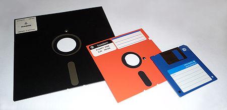 450px-floppy_disk_2009_g1