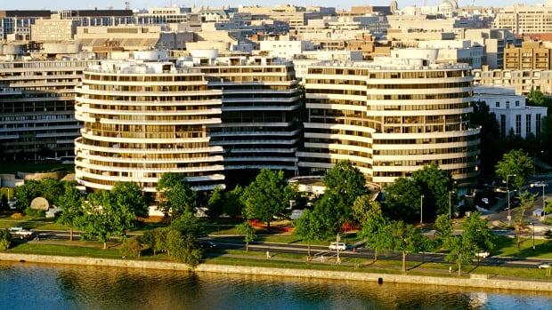 Watergate Complex Navelgazing Writer