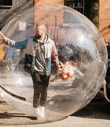 Bubble Navelgazing Writer